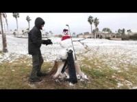 Ecco la neve nel deserto del Mojave, cartoline da Lake Havasu City