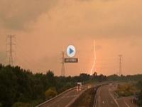 Spagna, fulmini, nubifragi e grandine, video dei danni del maltempo
