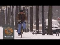 Berlino, inverno finalmente arrivato, ecco la prima neve