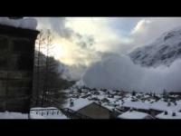 Valanghe, il pericolo della montagna d'inverno. Video dalla Francia