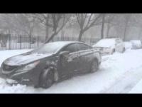 New York, tutto fermo per la super nevicata!