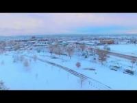 Il drone immortala un mare di neve alla periferia di Denver. Era Pasqua