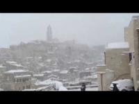 "Gran nevicata a Matera, i ""Sassi"" sotto la neve"