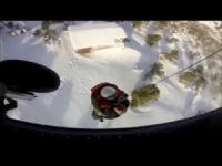 Troppa neve in Grecia! Tratti in salvo con l'elicottero!