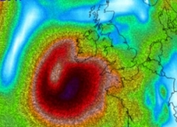 URAGANO Ophelia, un gigante, ultime proiezioni meteo animate. L'impatto in Irlanda