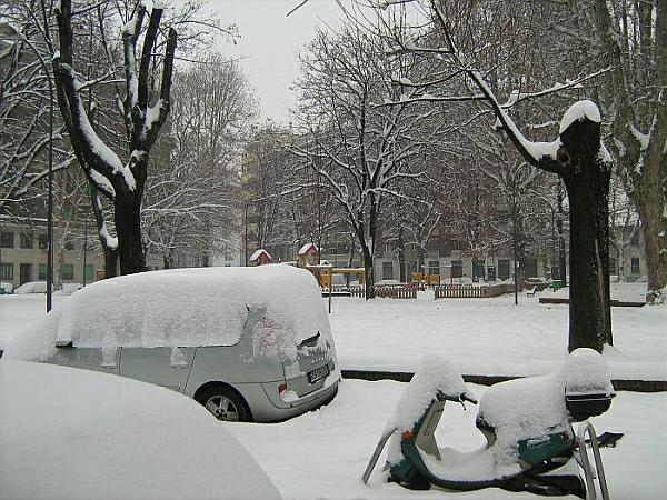immagine 1 del capitolo 1 del reportage nord italia in ginocchio paralisi dei trasporti per neve e ghiaccio