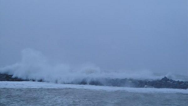 immagine 1 del capitolo 1 del reportage mareggiate vento forte l italia conta i danni della bufera di capodanno