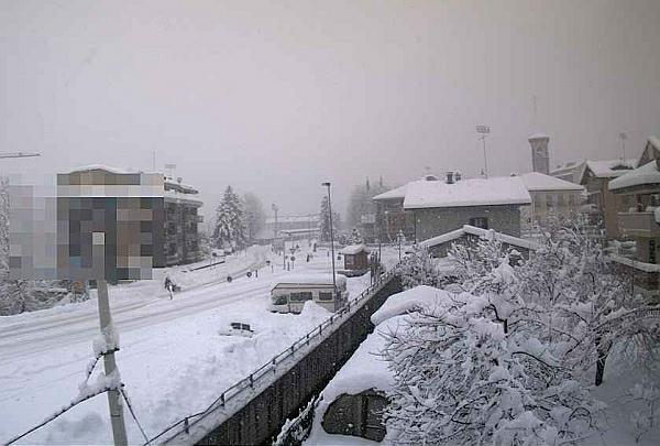 immagine 1 del capitolo 1 del reportage maltempo con neve e pioggia sul nord volano le temperature al sud