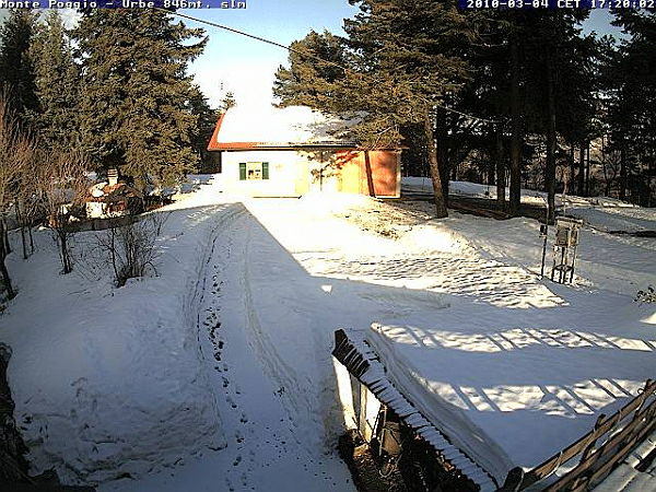 immagine 2 del capitolo 1 del reportage bianchi scenari sul nord appennino prima visita della neve a marzo