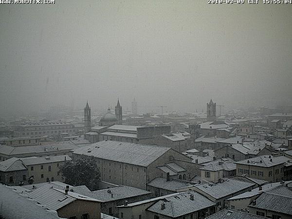 immagine 2 del capitolo 1 del reportage neve a bassa quota sul centro italia mix esplosivo grazie al freddo da est