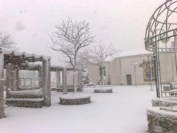 immagine 1 del capitolo 1 del reportage neve a bassa quota sul centro e sulla sardegna i bianchissimi scenari invernali dal nord italia