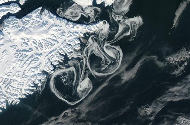 immagine articolo vortici di ghiaccio coste della groenlandia