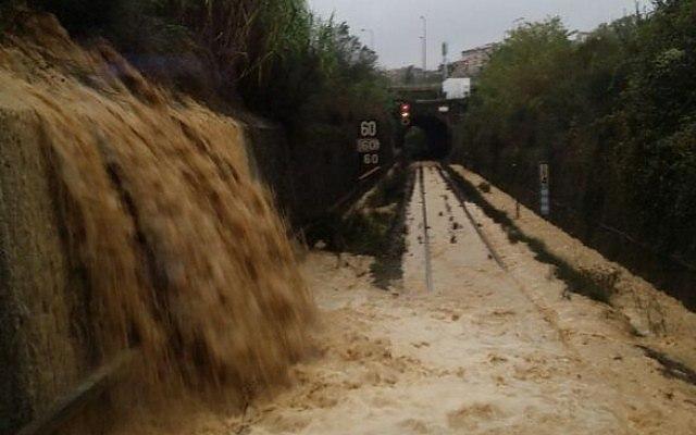 immagine articolo nubifragi alluvionali in toscana si teme nuovo peggioramento