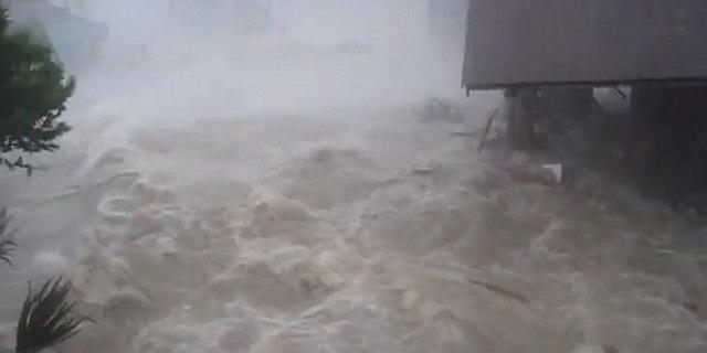 immagine articolo tifone hayan inferno come uno tsunami video apocalittico