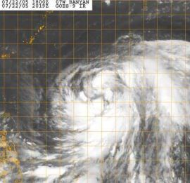immagine articolo nel pacifico nalgae si spegne lentamente in mare aperto mentre banyan si rinforza e diventera tifone