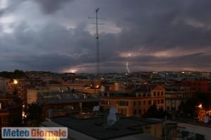 immagine news meteo-roma-un-po-di-sole-sabato-poi-peggiora-da-domenica-con-piogge-e-temporali