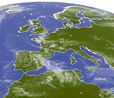 immagine articolo al nord italia fine aprile con vesti di maggio nuvole al centro e sud