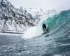 Cavalcare le onde del Mar Glaciale Artico: video e foto mozzafiato