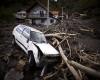 """Inondazioni in Serbia: in un video i """"terribili momenti"""" della piena in arrivo"""