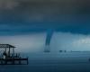 Florida, d'improvviso compaiono due enormi trombe marine: il video mozzafiato