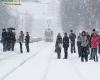 Ecco l'inverno in Russia: prima neve su San Pietroburgo, bufera su Perm e tanto altro
