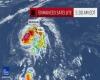 "L'uragano ""Ana"" sfiora le Hawaii: paura e disagi, ma c'è chi si diverte"