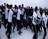 Maxi rissa in mezzo alla neve e al ghiaccio: ultima folle moda russa, video