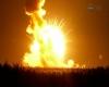 Razzo NASA esplode subito dopo il lancio: maxi palla infuocata, le immagini