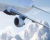 Terrore in volo per super turbolenza, diversi feriti: le immagini da panico