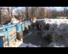 Bishkek, ecco come si libera dal ghiaccio il fiume