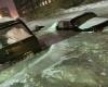 Città intrappolata nel ghiaccio dopo rottura delle tubature: foto shock