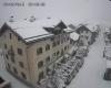 Guardate come nevica sui confini alpini!