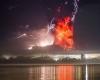 Vulcano Calbuco scatena super tempesta di fulmini: immagini impressionanti