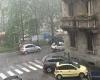 Fulmini su Milano, disagi, black out per nubifragio. Malesseri per i campi elettrici da tempesta. Danni per i fulmini