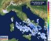 Evoluzione meteo prossime ore: rovesci e temporali al Sud Italia