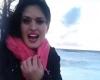 Selfie davanti al mare in tempesta? Non è una buona idea!