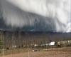 USA: enormi temporali danno spettacolo. Enorme nube ad arco immortalata in video