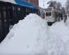 Montreal: autobus nel mare di neve. Come finirà?