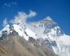 """Everest: al via la prima spedizione per ripulire il """"gigante"""" da tonnellate di spazzatura"""