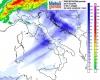 Meteo venerdì: ancora forte instabilità. Piogge, acquazzoni, neve su Alpi