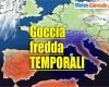 Meteo simil tropicale con improvvisi forti temporali, rischio grandine