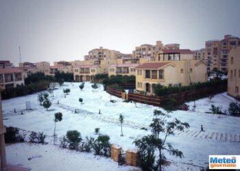 01 350x250 - Nevica al Cairo: è l'ondata di freddo rubata all'Italia