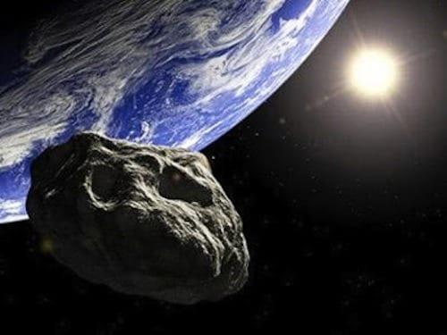 asteroide t - La minaccia che viene dal cielo