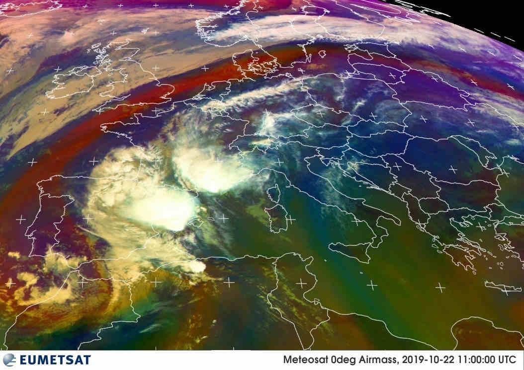 meteosat 22 10 2019 - Bombe meteo: temporali cattivissimi in azione. Evoluzione ITALIA