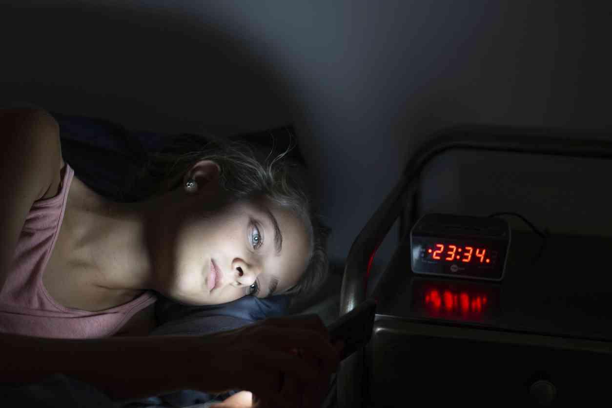 iStock 1027746056 - Depressione da social network: è questo il futuro degli adolescenti