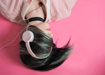 girl 1990347 1280 350x250 - Quando scienza e musica sono sulla stessa lunghezza d'onda