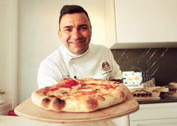 tutti in casa ovviamente facciamo una buona pizza napoletana insieme 350x250 - Tutti in casa, ovviamente. Facciamo una buona pizza napoletana insieme