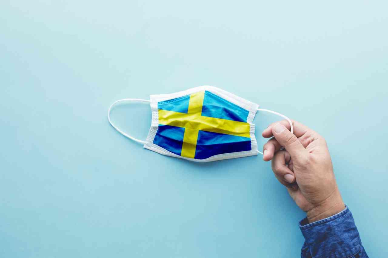 iStock 1217119202 - Coronavirus, il modello svedese non funziona: 6,25 decessi al giorno per milione di persone