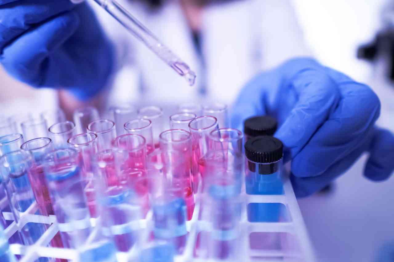 iStock 1204793213 - Coronavirus, ricerca: rischio di infezione diviso in gruppi sanguigni