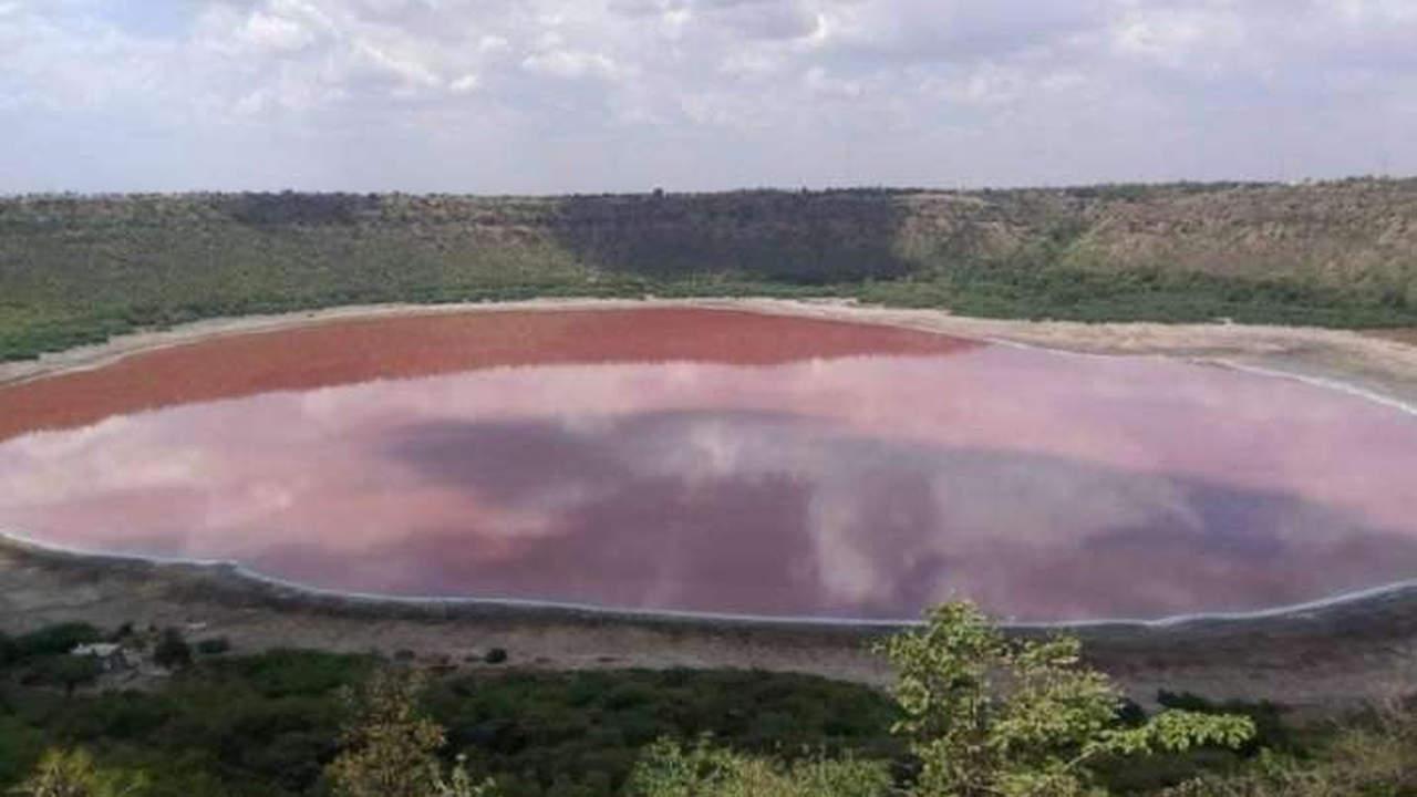 lonar - Ecco cosa sta succedendo al lago nato dallo schianto di un meteorite